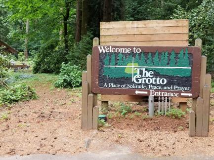 GrottoSign